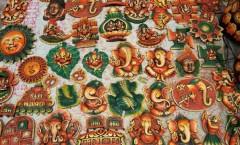 Decorative earthen motifs